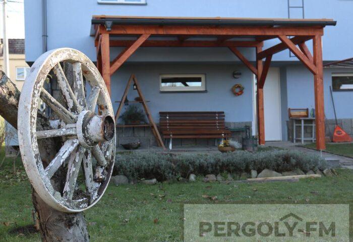 Pergola, Místek